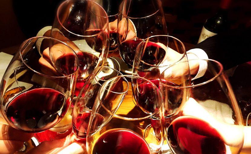 美味しい料理とお酒を堪能できる「忘年会コース」のご案内